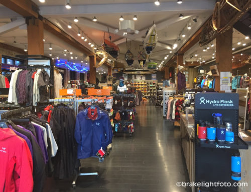 OUTDOOR/SPORTING GOODS STORES IN VICTORIA,BC