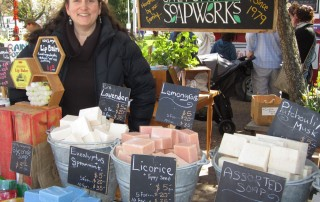 Saltspring Island Saturday Market, Shopping for crafts, Victoria, BC, Where to shop for local crafts in Victoria, Visitor in Victoria