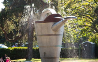beacon hill watering can