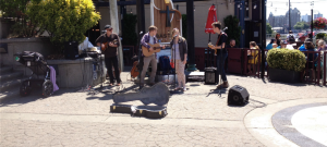 Street performers in Bastion Square