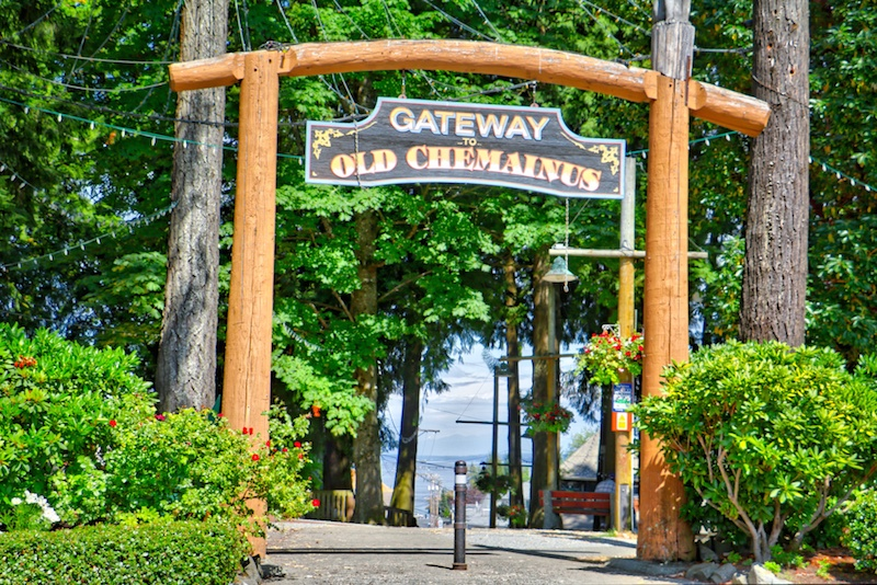 Gateway to Old Chemainus, BC Visitor in Victoria