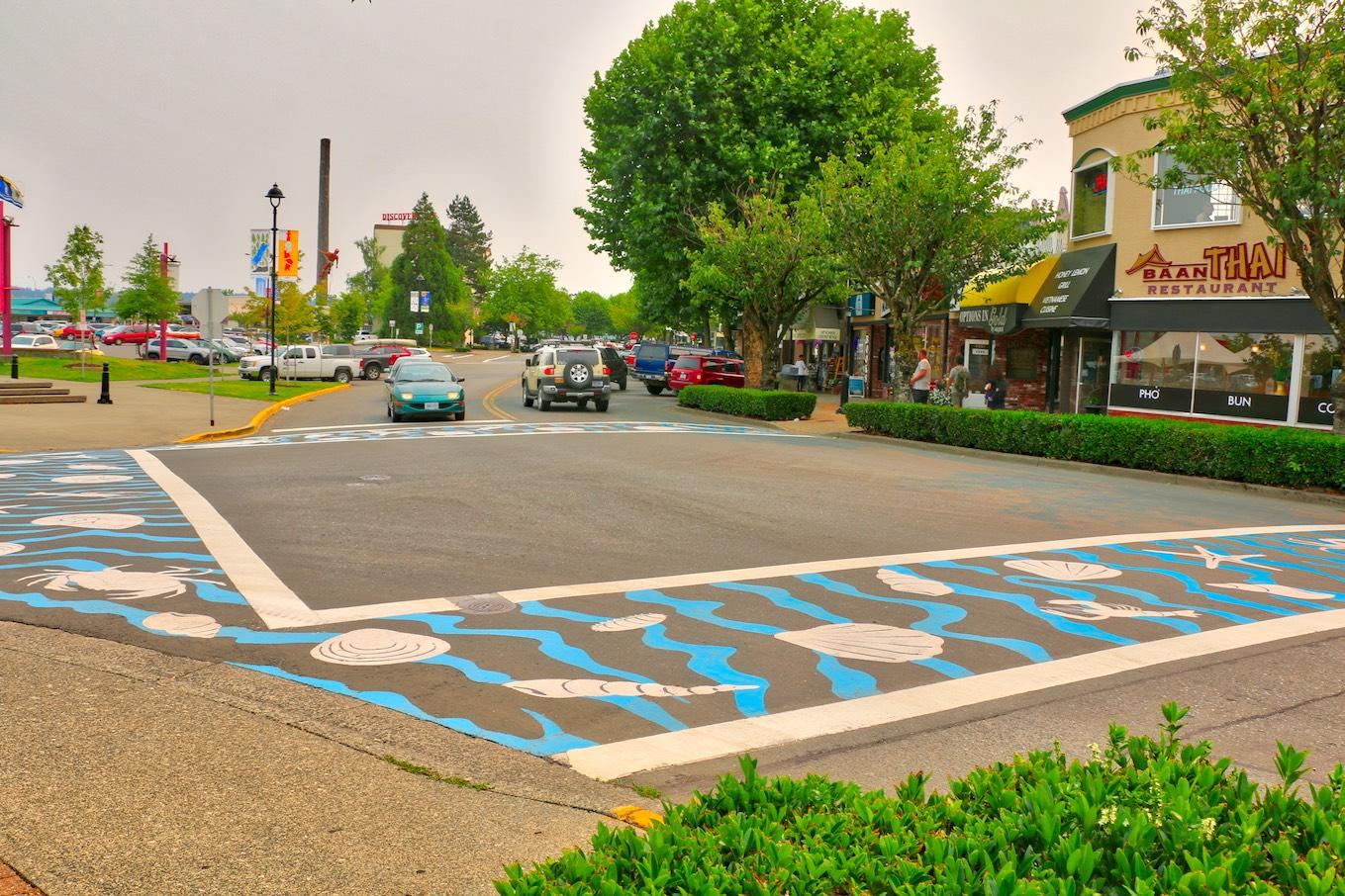 Colourful crosswalks, sculpture, restaurants & boutique shopping await you downtown