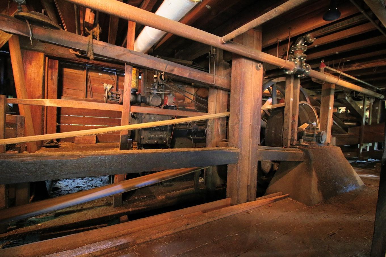 Maclean Mill steam engine