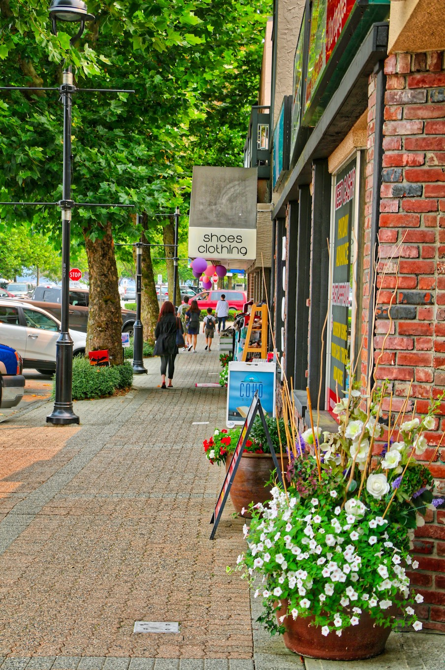 Shopping Dowtown Campbell River